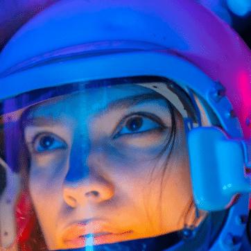 future-woman-astronaut